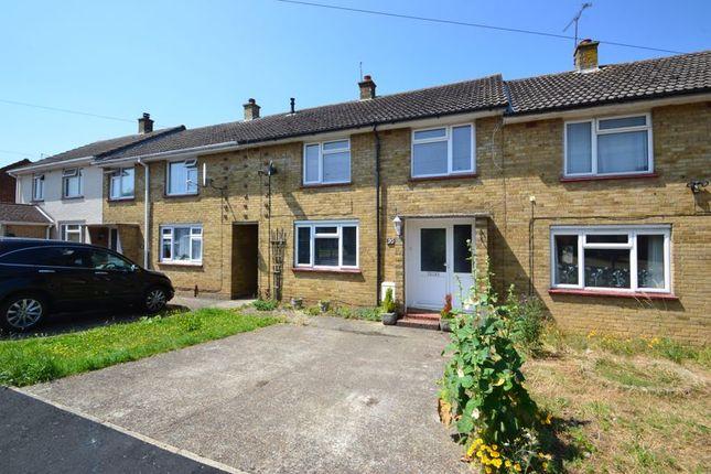 Thumbnail Terraced house to rent in Longridge, Sittingbourne