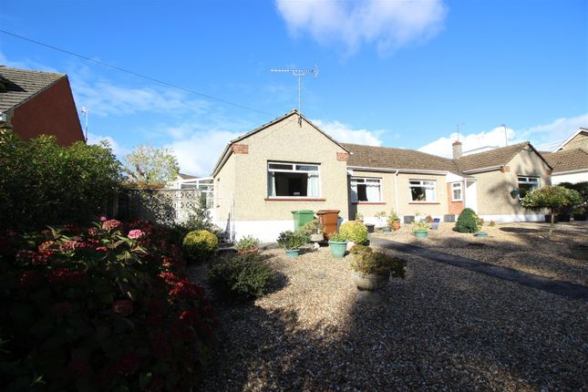 Thumbnail Bungalow for sale in Pew Hill, Chippenham