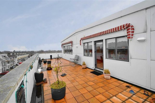 Thumbnail Flat for sale in Pickfords Building, Southend-On-Sea, Essex