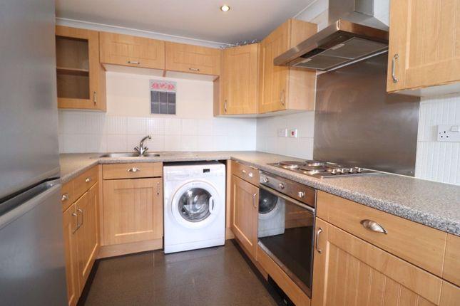 Flat to rent in Glan Rhymni, Windor Village, Cardiff.