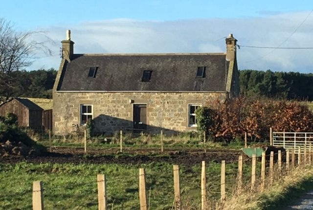 Thumbnail Detached house to rent in Easter Lochs Farmhouse, Garmouth