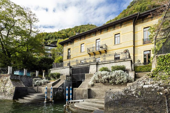 Thumbnail Town house for sale in Via Regina, Moltrasio Province Of Como, Italy