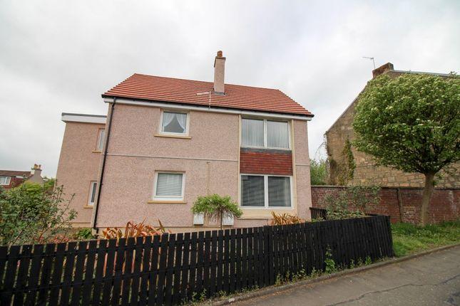 Thumbnail Flat to rent in Wallacestone Brae, Reddingmuirhead, Falkirk