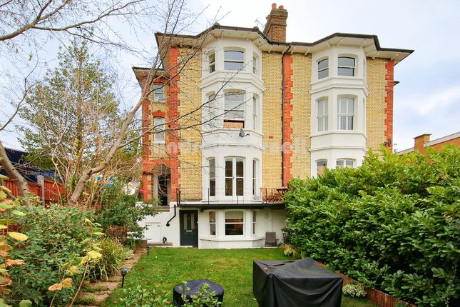 Thumbnail Flat to rent in Thornton Hill, London
