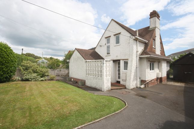 Thumbnail Cottage for sale in Gillingham Road, Milford On Sea