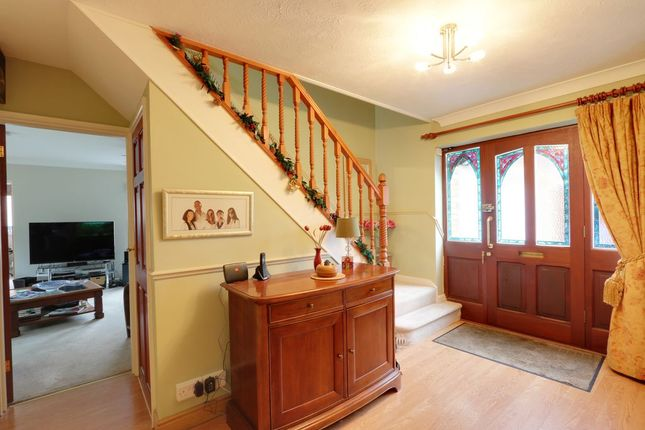 Thumbnail Detached house for sale in Woodward Heights, Grays