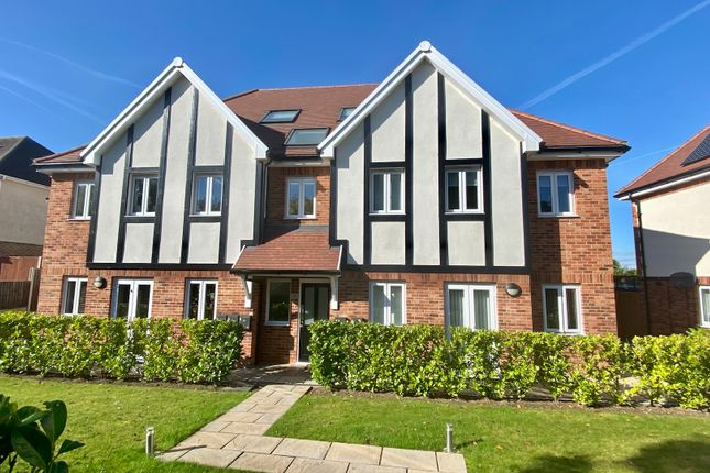3 bed flat for sale in Orchard Way, Croydon, London CR0