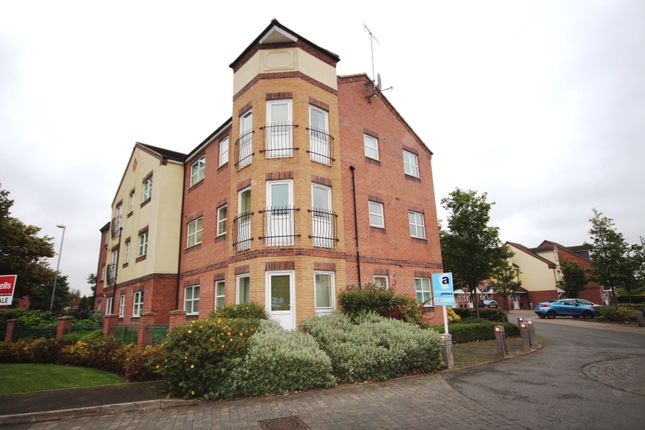 Thumbnail Flat for sale in Manor House Close, Walsall