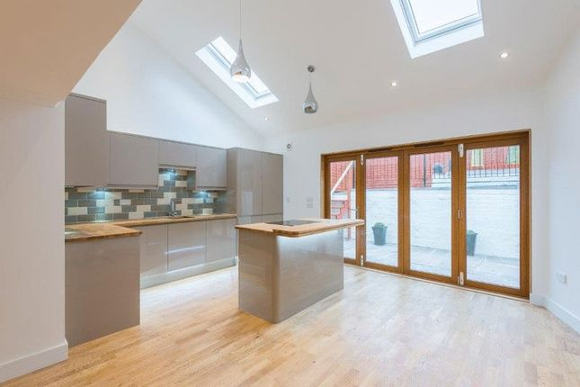 Thumbnail Semi-detached house for sale in Whitenhill, Tayport