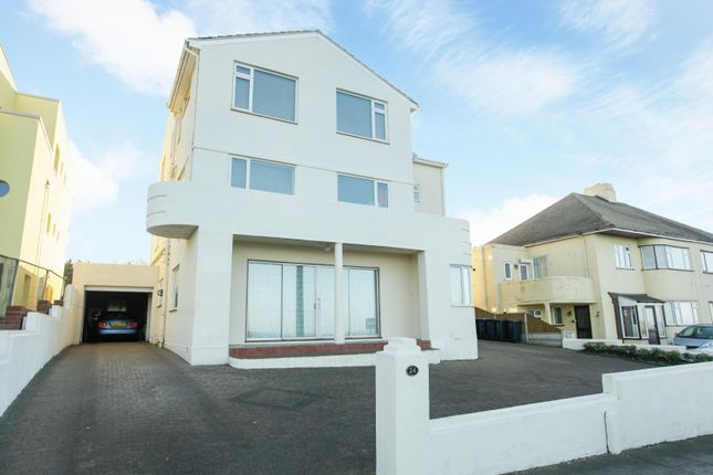 Thumbnail Flat for sale in Palm Bay Avenue, Cliftonville, Margate