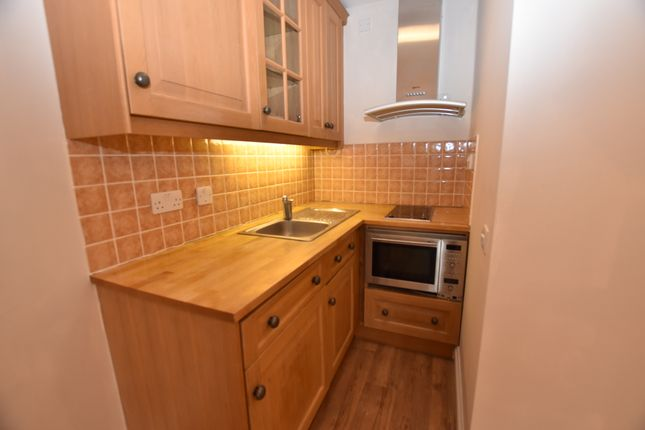 Property Image of 28 Waterview, Thamesfield, Henley On Thames, Oxfordshire RG9