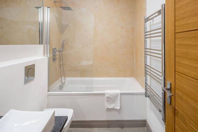 Thumbnail Flat for sale in 2Db, Kilburn