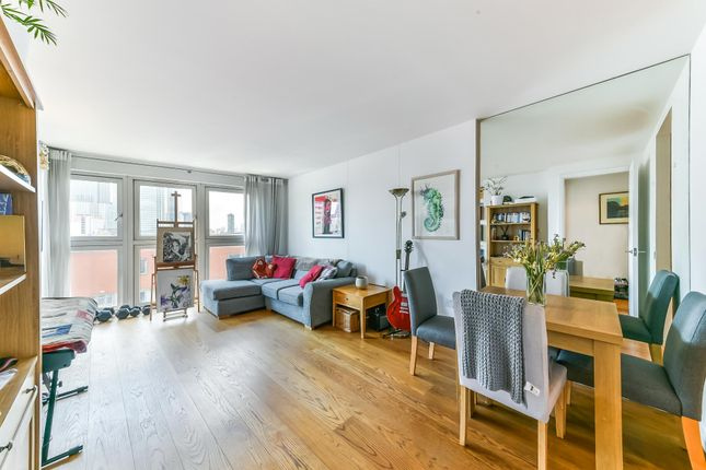 Thumbnail Terraced house for sale in New Providence Wharf, Fairmont Avenue, London