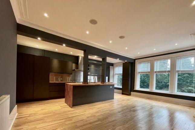 2 bed flat to rent in Harlow Moor Drive, Harrogate HG2