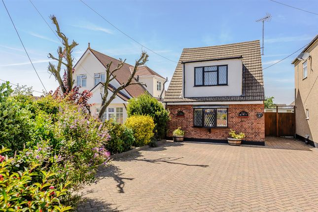 Thumbnail Detached house for sale in Kents Hill Road, Benfleet