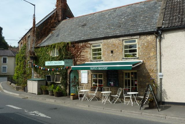Thumbnail Restaurant/cafe for sale in High Street, Bruton