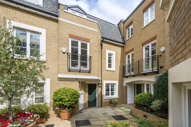 Thumbnail Property for sale in Vantage Place, Kensington, London