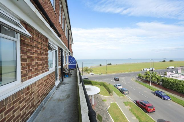 2 bed flat for sale in Northumberland Avenue, Cliftonville, Margate