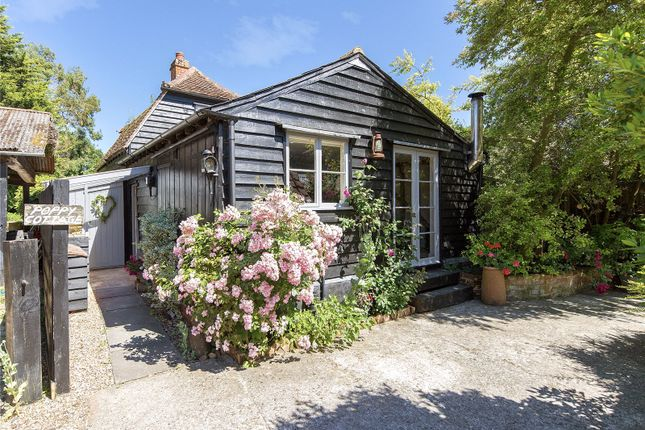 Picture No. 19 of Poppy Cottage, The Street, Great Saling, Essex CM7