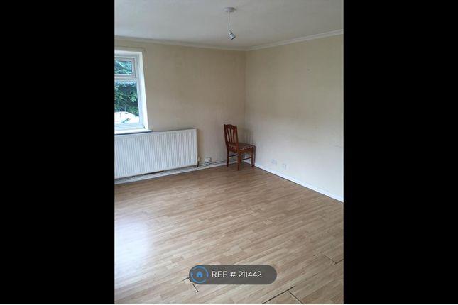 Thumbnail Flat to rent in Churchfield Avenue, Tipton