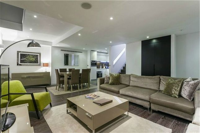 Thumbnail Flat for sale in Marconi House, 336 - 337 Strand, London
