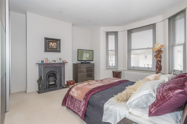 Bedroom of Westbourne Villas, Hove BN3