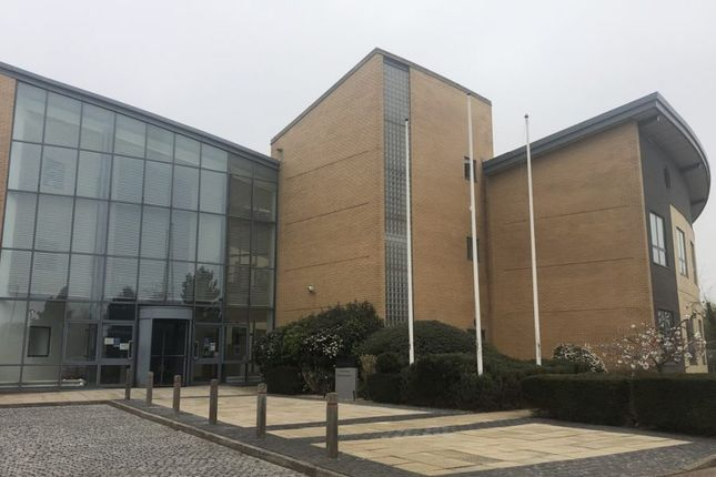 Thumbnail Office to let in Arenson Centre, Arenson Way, Dunstable, Bedfordshire