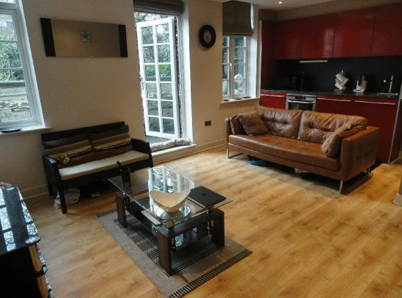 Thumbnail Flat to rent in Enfield House, 18 Lower Pavement, Nottingham