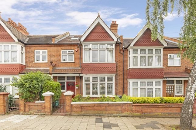 Thumbnail Property to rent in Glencairn Road, London
