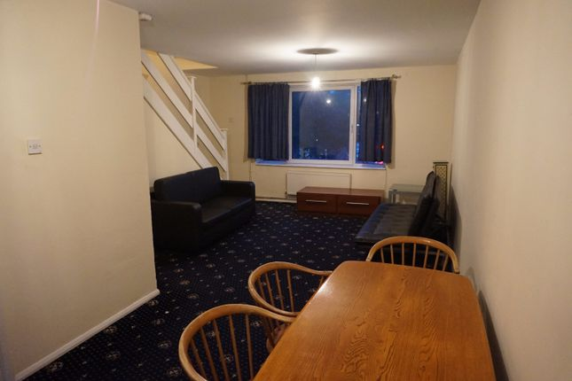 Thumbnail Flat to rent in Carston Close, Lee, London