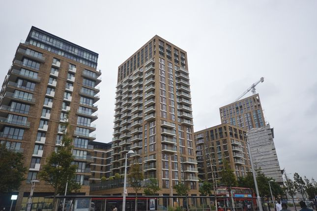 Thumbnail Flat to rent in Royal Arsenal Riveside, Woolwich, London
