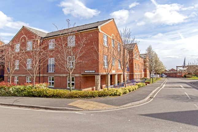 Thumbnail Flat for sale in Nightingale Close, Chesterfield