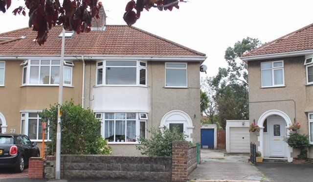 Thumbnail Flat to rent in Shaftesbury Road, Weston-Super-Mare