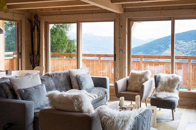 Thumbnail Property for sale in Chalet Touti, Les Masses, Valais, Switzerland