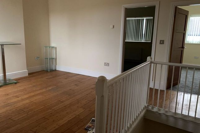 First Floor of Horninglow Road, Burton-On-Trent DE14