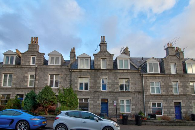 Thumbnail Flat for sale in Balmoral Place, Aberdeen