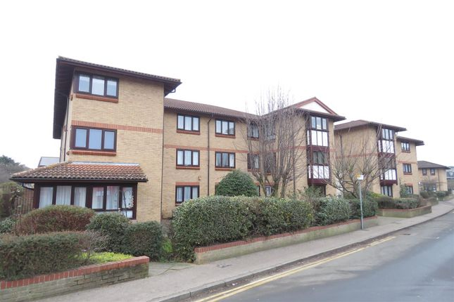 Thumbnail Flat for sale in Back Street, Biggleswade