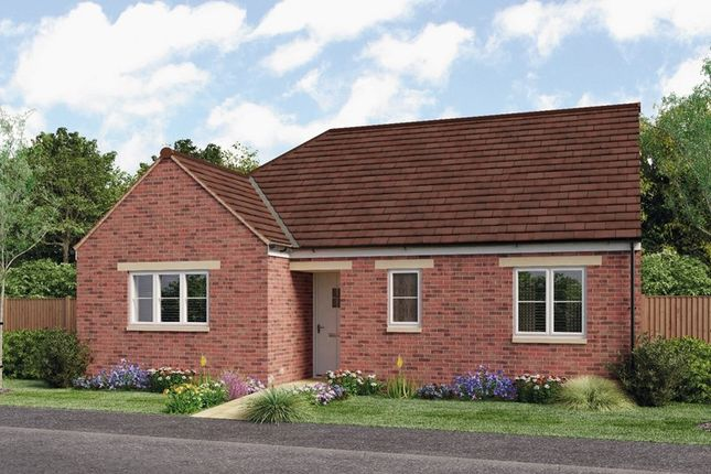Thumbnail Semi-detached bungalow for sale in Tadmarton Road, Bloxham, Banbury