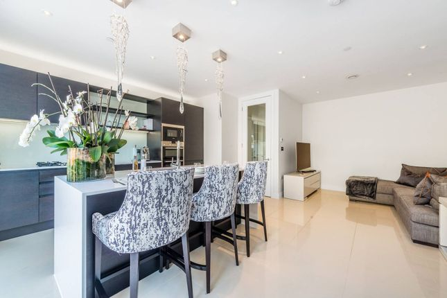 Thumbnail Terraced house for sale in Brewery Gate, Twickenham, Middlesex
