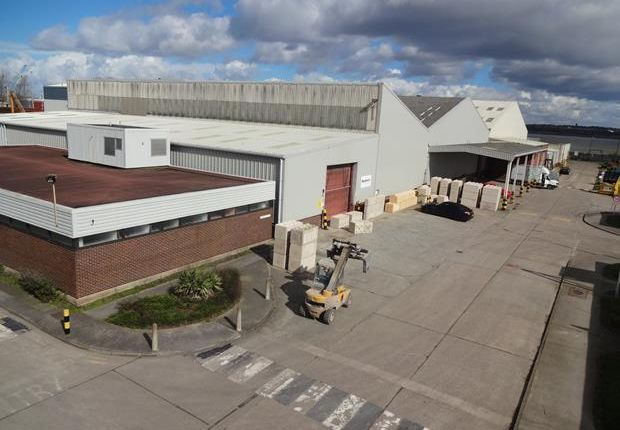 Light industrial to let in Mersey Wharf Business Park, Dock Road South, Wirral International Business Park, Bromborough, Wirral