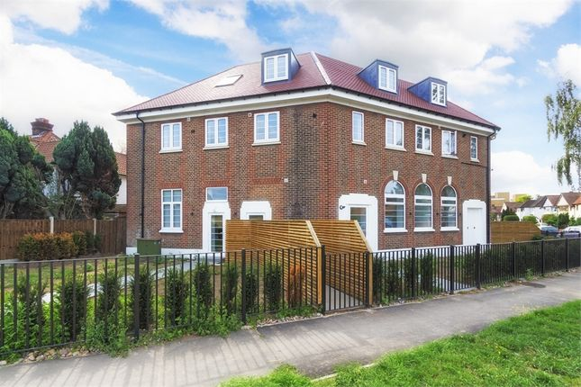 Thumbnail Flat for sale in Grand Approach, 2 Bathurst Walk, Richings Park, Buckinghamshire