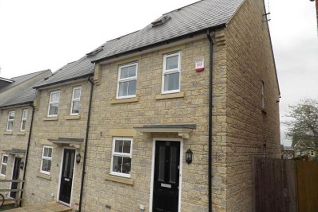 Thumbnail Property to rent in Portway Gardens, Frome, Somerset