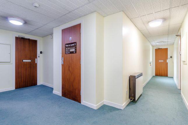 8409380-Interior13-800