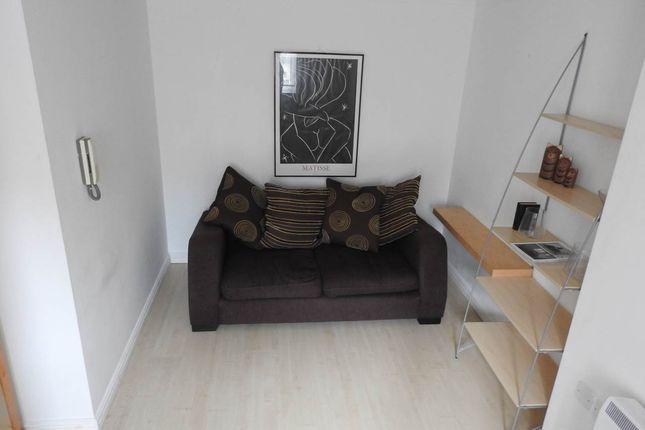 Thumbnail Property to rent in Weavers House, Manheim Quay, Marina