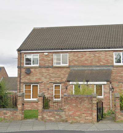 3 bed detached house to rent in Bensham Road, Gateshead NE8