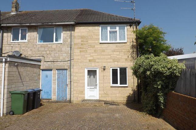 Thumbnail Flat for sale in Clarendon Drive, Royal Wootton Bassett, Swindon
