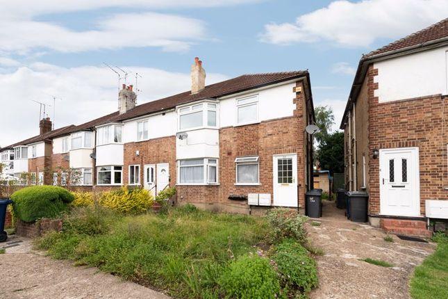 Maisonette to rent in St. Marks Close, New Barnet, Barnet