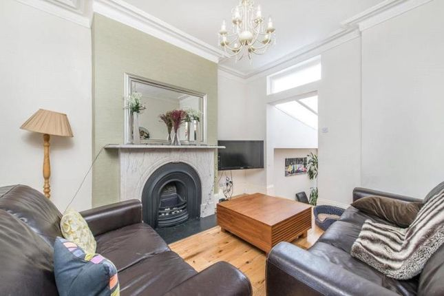 Thumbnail Property to rent in Reighton Road, London