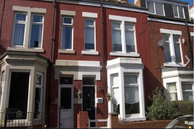 Thumbnail Property to rent in Oxford Street, Whitley Bay