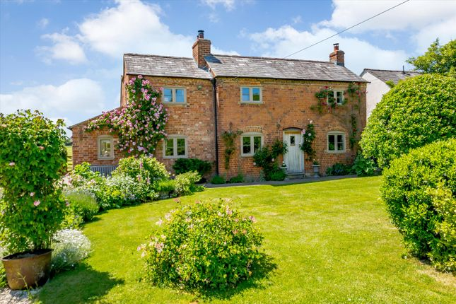 4 bed cottage for sale in Upper Hasfield, Hasfield, Gloucestershire GL19